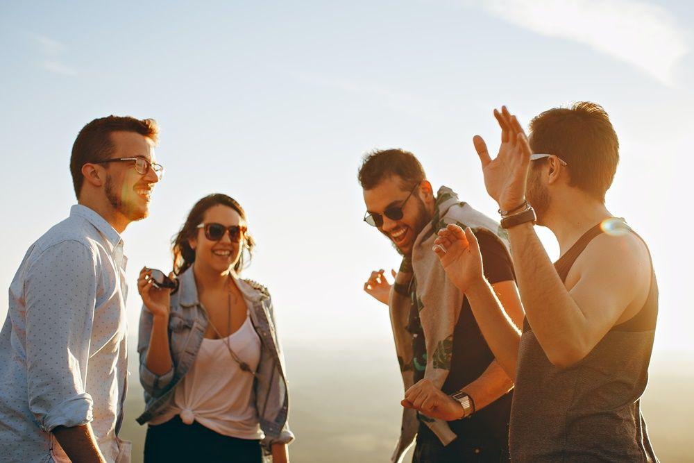 5 Trik agar Bisa Tetap Pakai Logika Saat Jatuh Cinta
