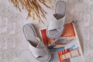 PopbelaOOTD Sandal Rumahan dari Brand Lokal, Nyaman Seharian