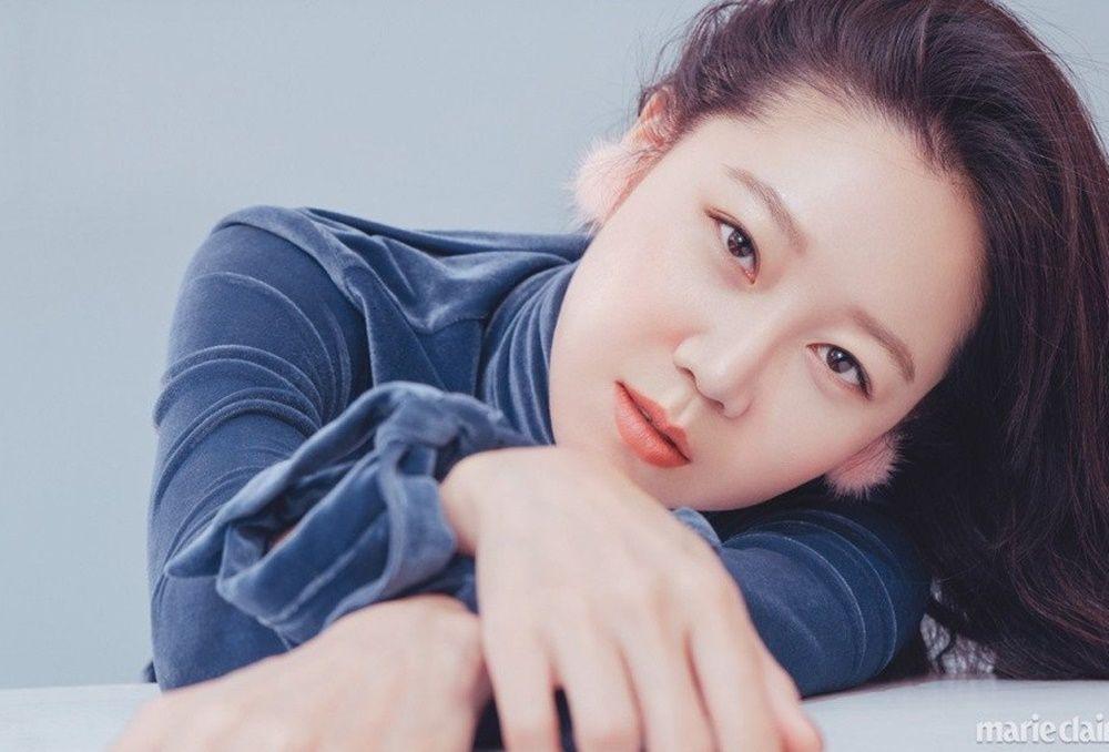 Putus dengan Kekasih, 5 Artis Korea Ini Melakukan Hal Memalukan