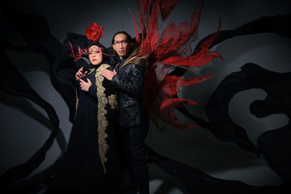 25 Tahun Menikah, Ini Potret Kisah Cinta Melly Goeslaw & Anto Hoed