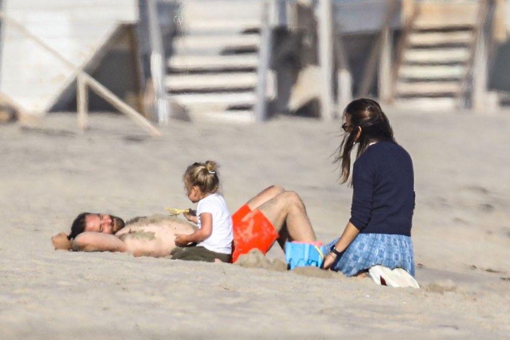 Jennifer Garner & Bradley Cooper Pacaran? Ini 5 Faktanya