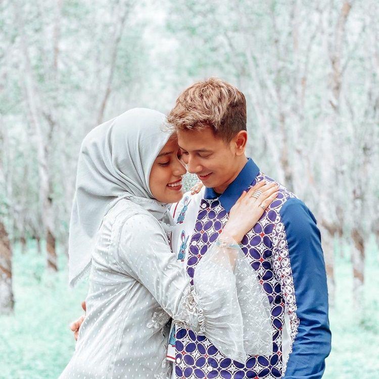 Hamil Anak Ketiga, Adu Mesra Fairuz A Rafiq-Kezia Karamoy dengan Suami
