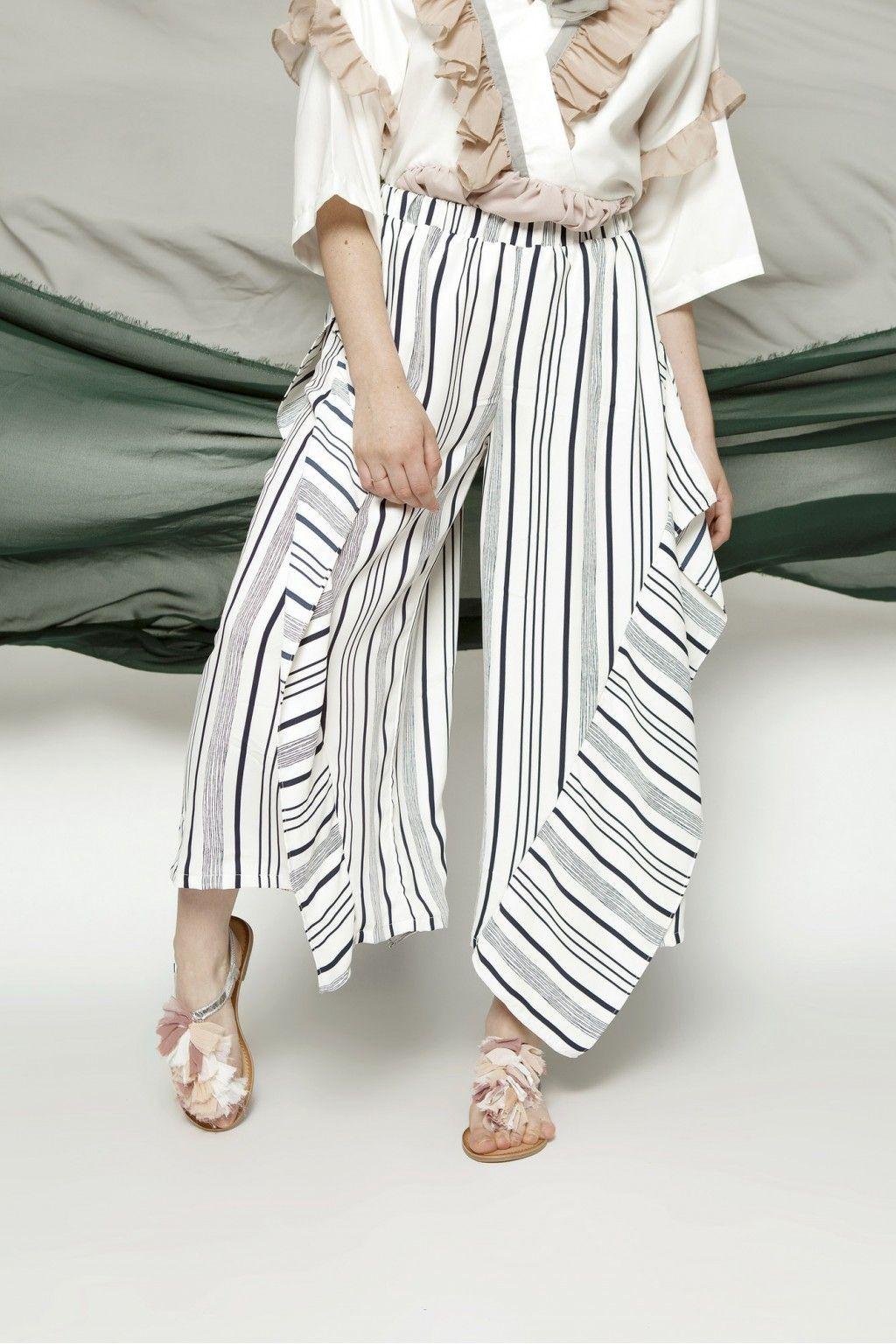 #PopbelaOOTD: Rekomendasi Celana Motif Chic yang Anti-Boring!