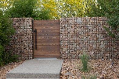 11 Inspirasi Pagar Batu Alam Menyejukkan Rumah