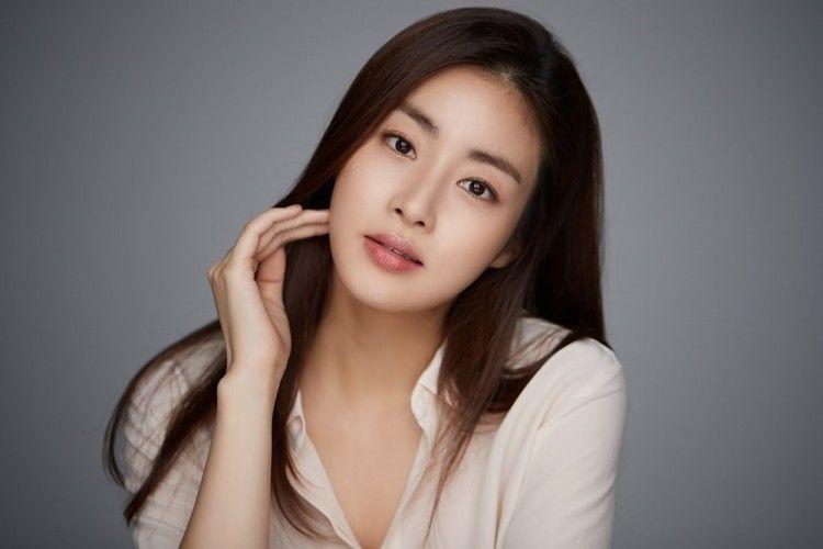 Bakal Menikah, 5 Seleb Korea Ini Pernah Mengisi Hati Kang Sora