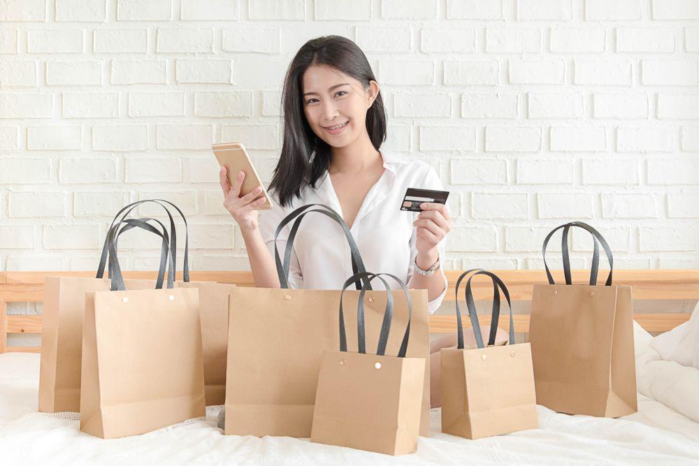 Girls, Ini 5 Tips Berdonasi Meski Kamu Seharian di Rumah!