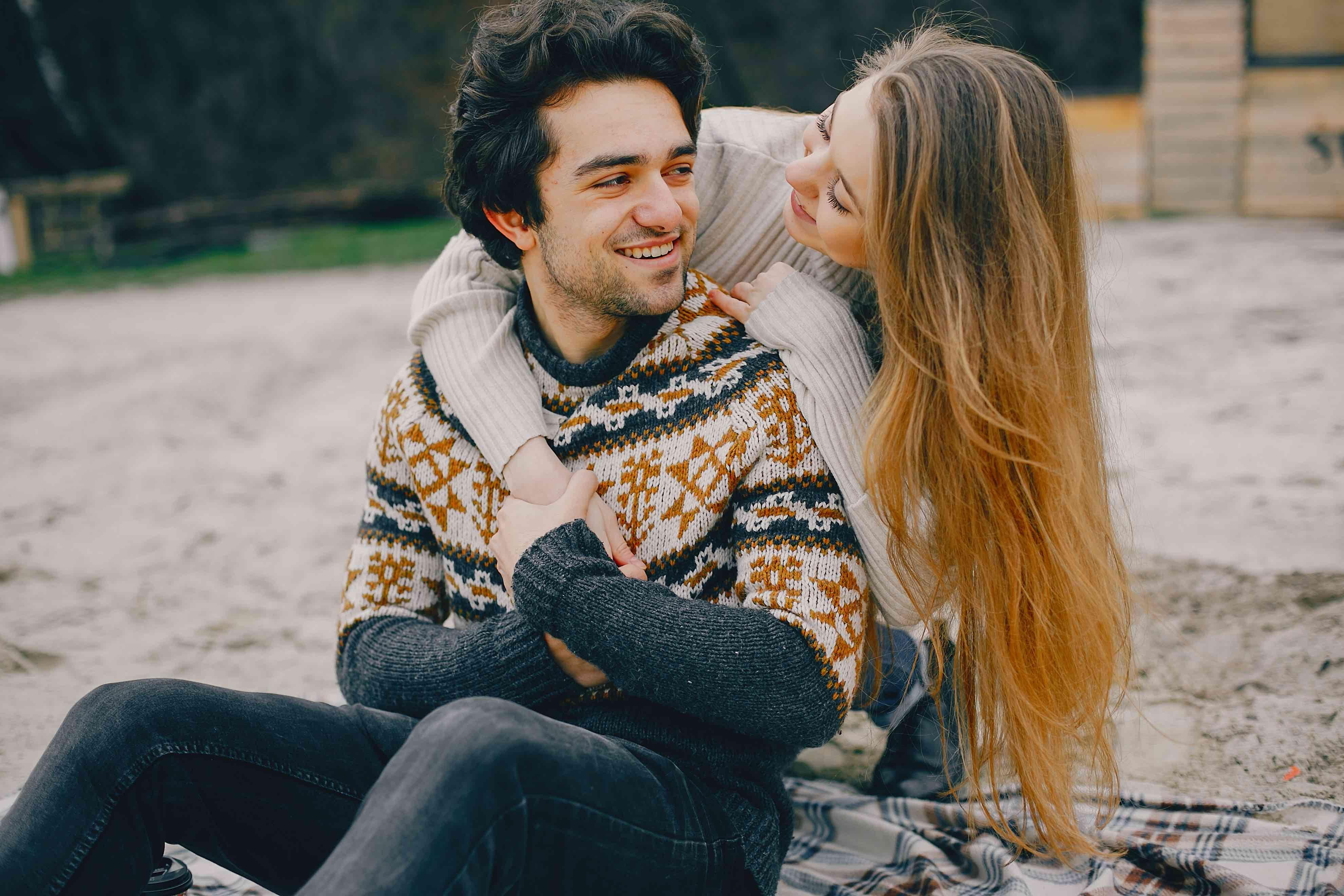 Bergantung Secara Finansial pada Pasangan? Ini 6 Alasan Harus Berhenti