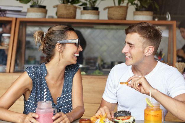 Bisa Jadi Cinta! Ini 7 Tanda Dia Gugup di Dekatmu Saat Kencan Pertama