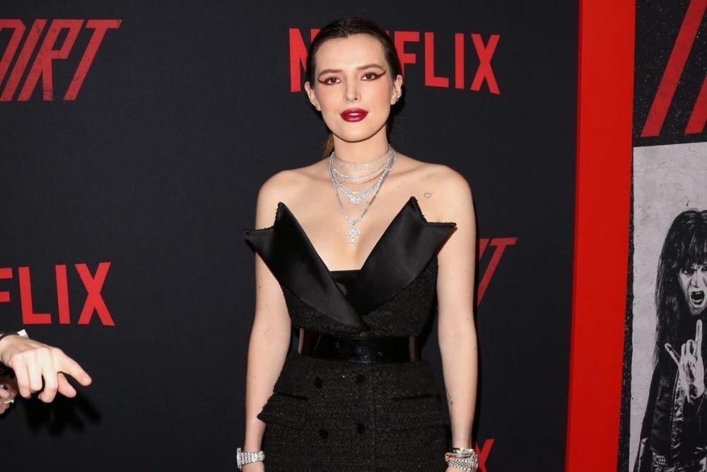 Transformasi Bella Thorne, Artis Disney Yang Kini Main Film Panas