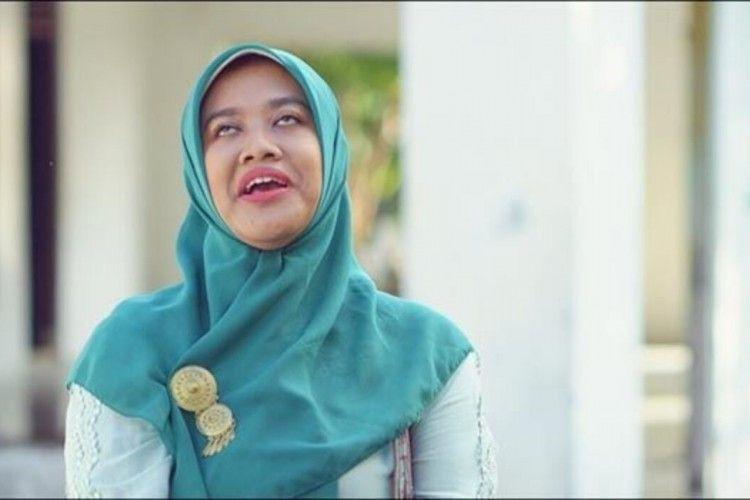 "22 Istilah Bahasa Jawa yang Dipakai Bu Tejo dalam Film ""Tilik"""