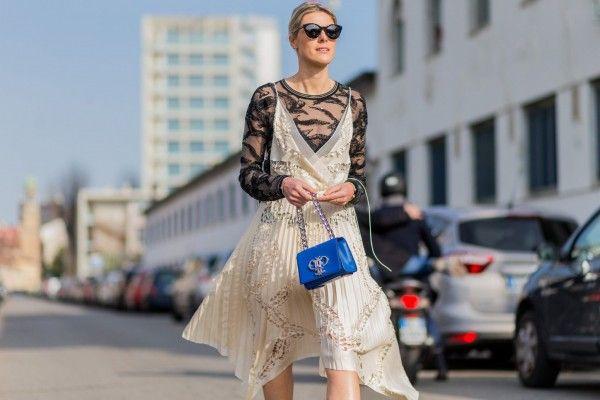 Tips memakai gaun tipis yang sopan