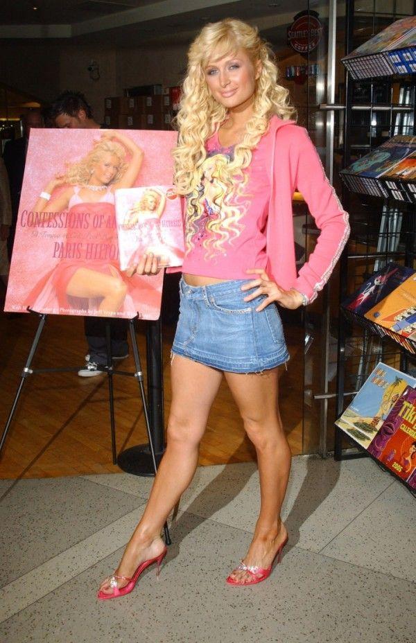 Intip Gaya Seksi Paris Hilton Paling Ikonik Sepanjang Masa