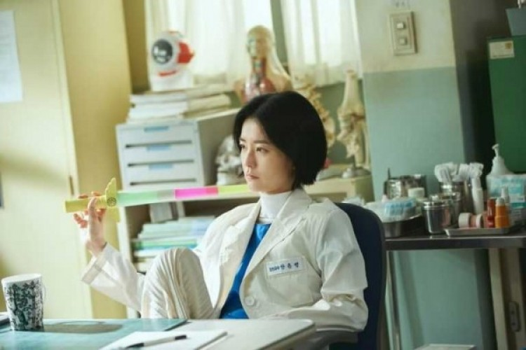 "Fakta Unik ""The School Nurse Files"" Drama Korea yang Tayang Bulan Ini"