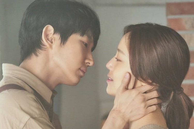 Bikin Kesemsem! 10 Potret Mesra Lee Joon Gi dan Moon Chae Won di Drama