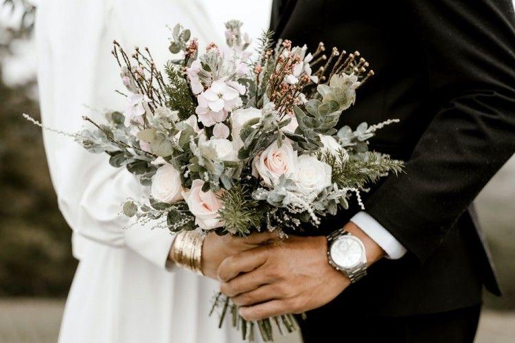 Walau Terdesak, 5 Alasan Ini Tak Membenarkan Kamu untuk Menikah