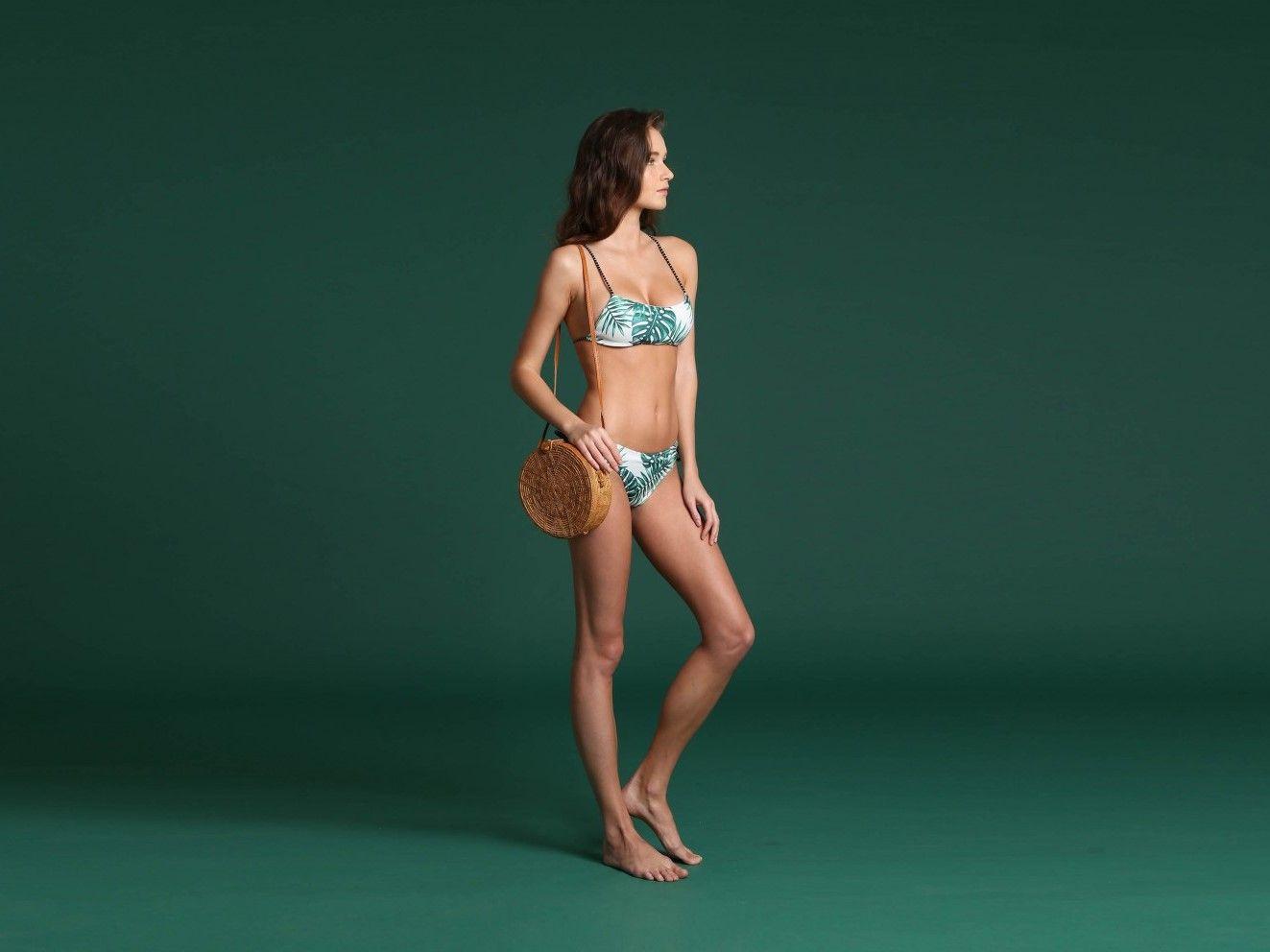 #PopbelaOOTD: Makin Kece Saat Musim Panas Pakai Bikini Bermotif Lucu!
