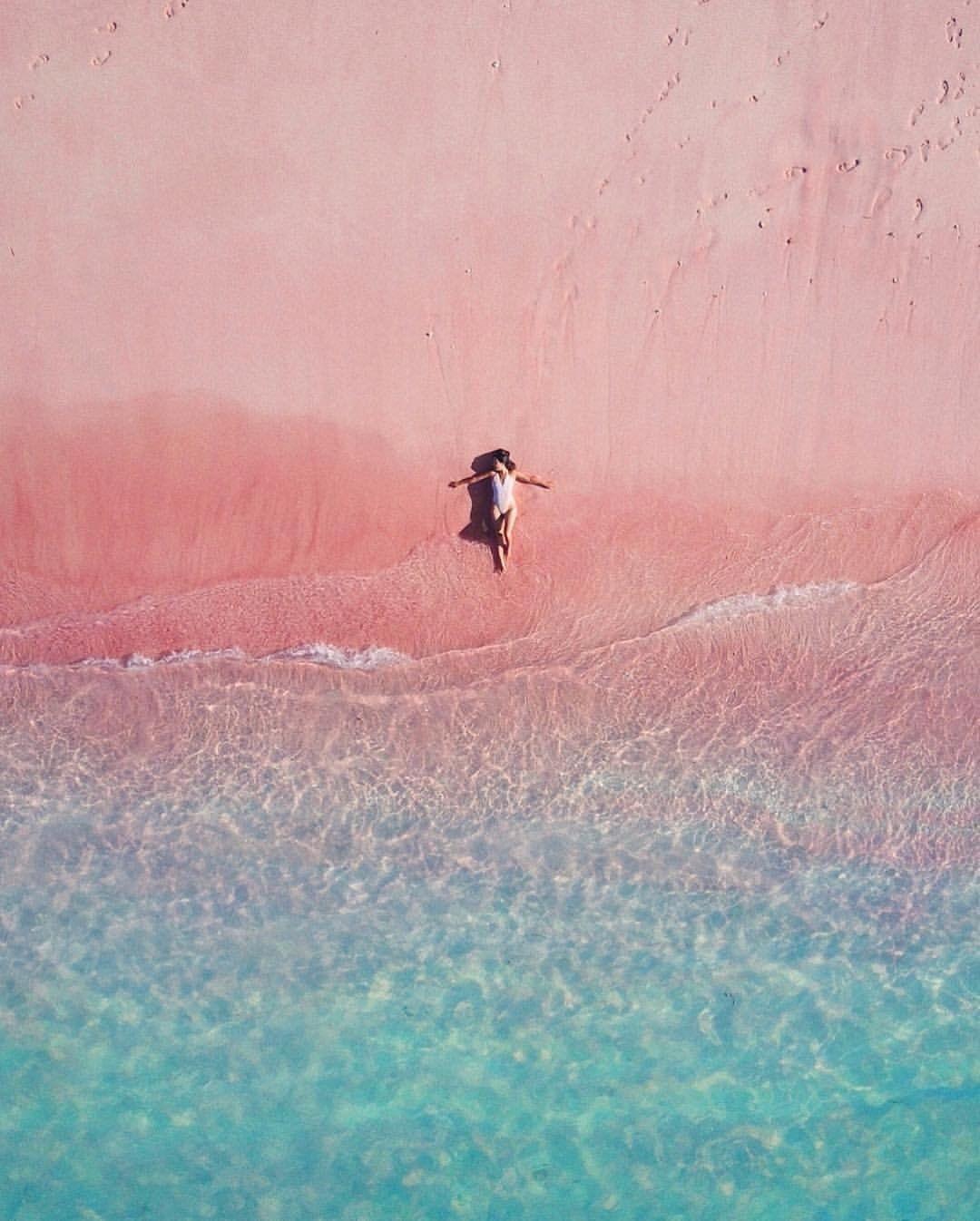 Romantis! Ini Rute, Harga dan Aktivitas di Pink Beach, Labuan Bajo