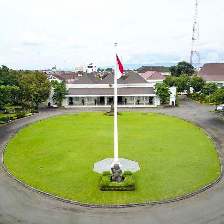 Penuh Sejarah dan Mistis, Ini Fakta Istana Kepresidenan Yogyakarta