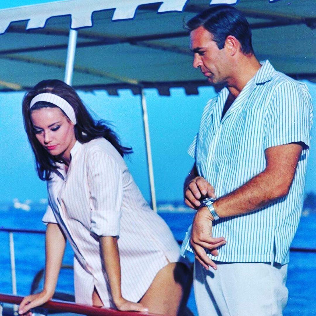 Selalu Tampil Unik, Yuk Contek Outfit Vintage a La Lana Del Rey