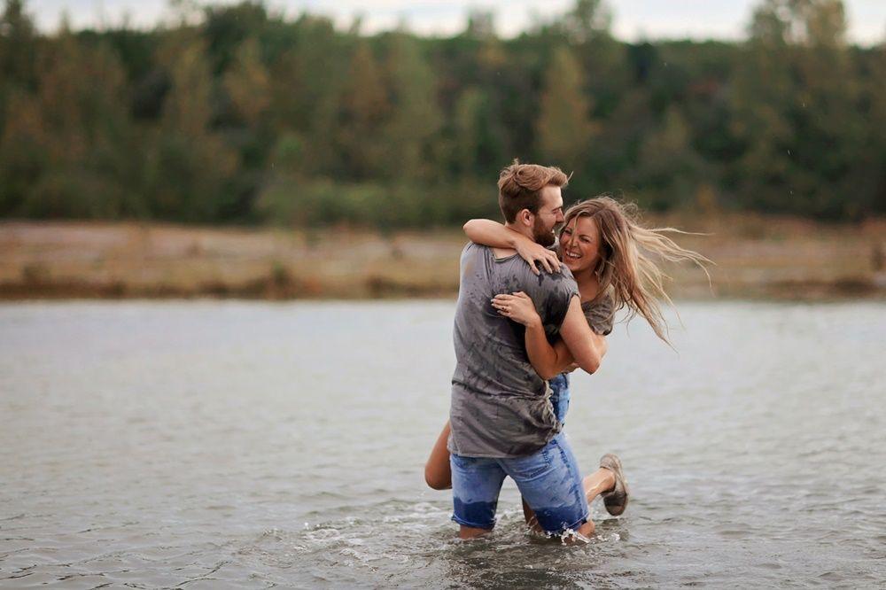 6 Tanda Pasanganmu Adalah Sosok Gentleman, Jangan Dilepaskan!
