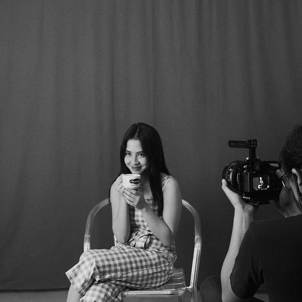 Sukses dan Kaya, Ini 6 Sumber Penghasilan Adhisty Zara