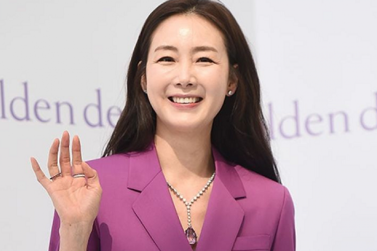 7 Drama Korea Terbaik yang Dibintangi Aktris Senior Choi Ji Woo