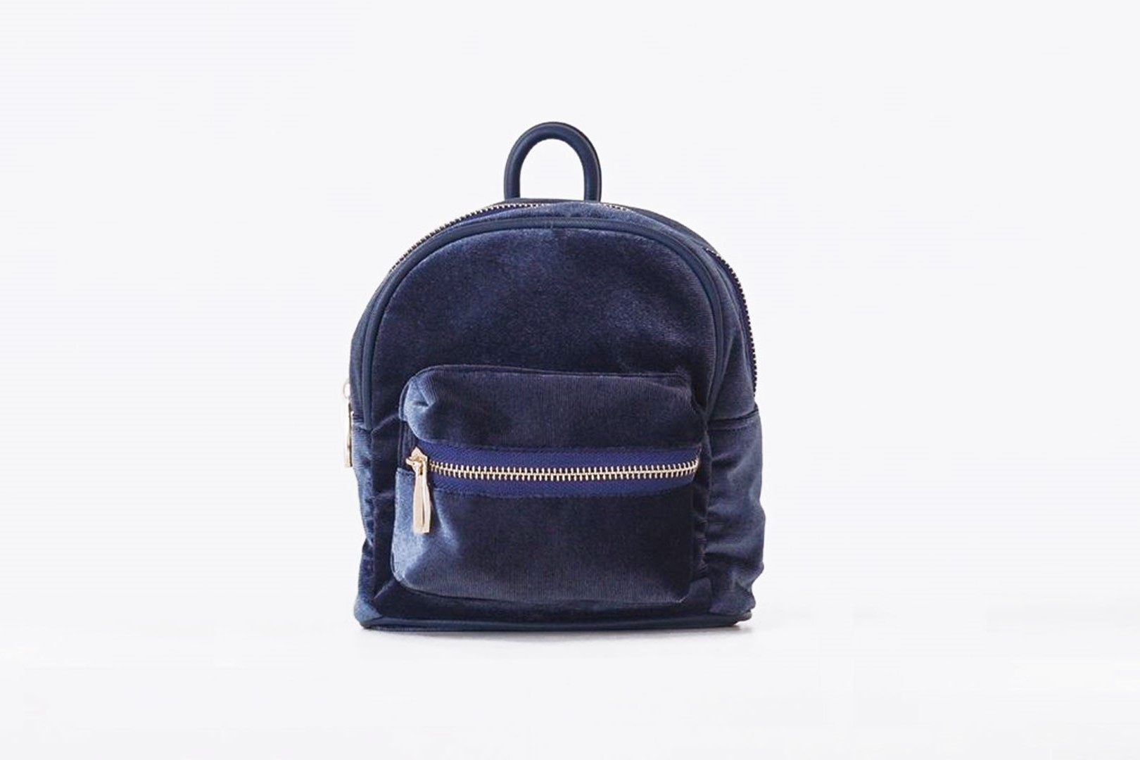 #PopbelaOOTD: Upgrade Gaya Makin Keren Pakai Backpack dari Brand Lokal
