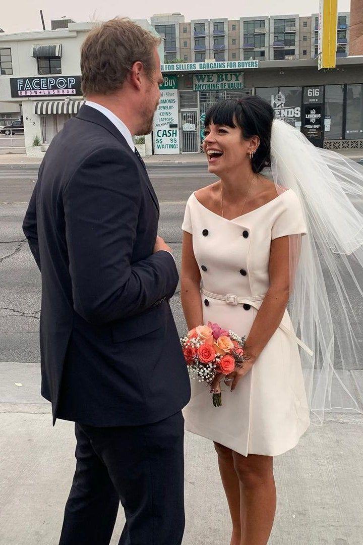 Deretan Artis Hollywood yang Pilih Outfit Kasual di Hari Pernikahannya