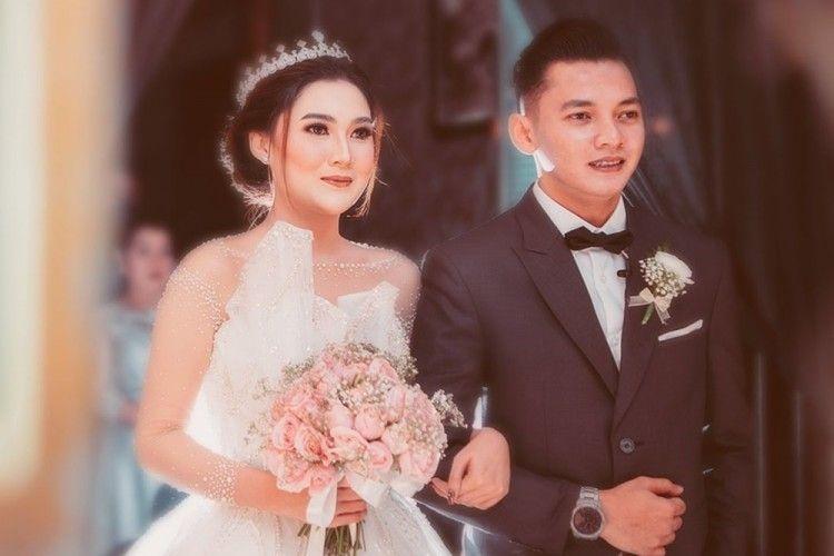 Diduga Pindah Agama, 5 Fakta Pernikahan Nella Kharisma dan Dory Harsa