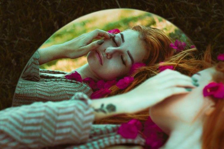 Mimpi Bertemu Mantan Pacar, Ternyata Ini 7 Maknanya!