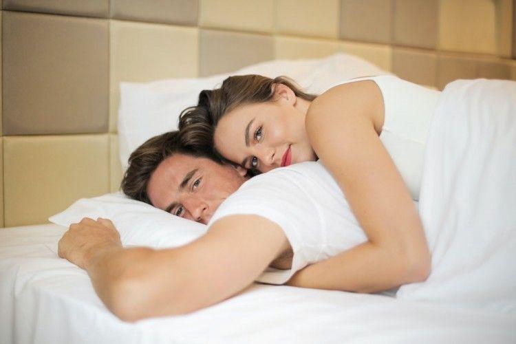 5 Cara Bantu Pasangan Atasi Ejakulasi Dini Saat Bercinta