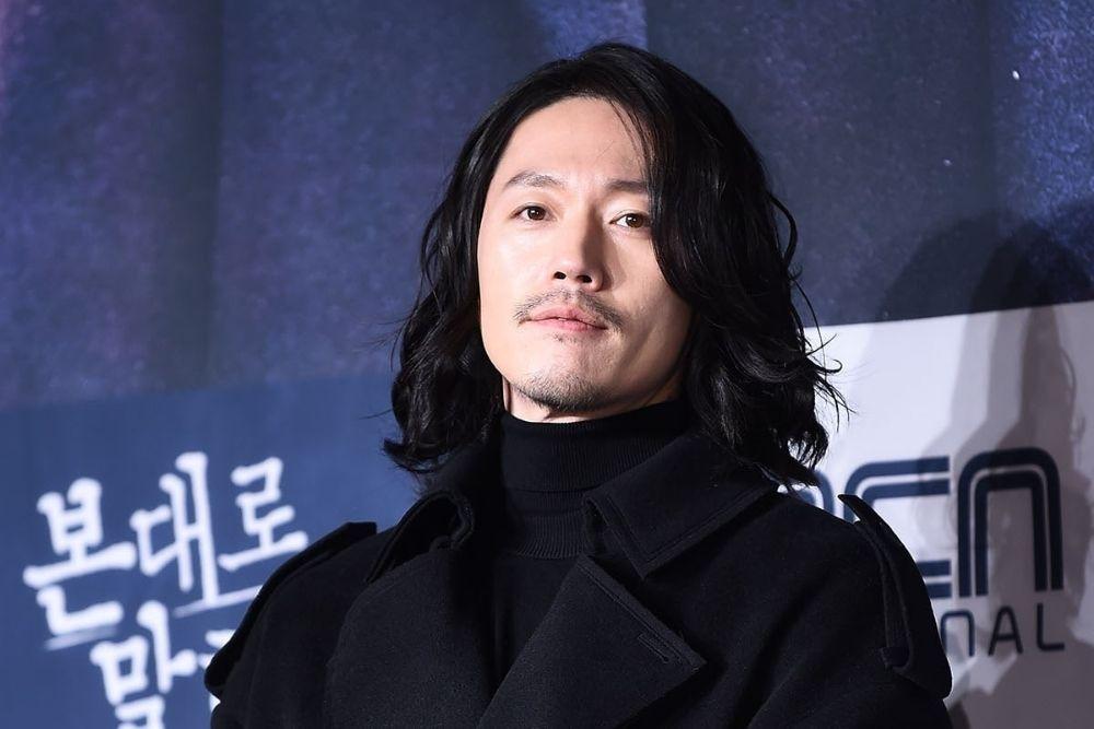 Punya Tampang Lugu, 7 Aktor Ini Berani Beradegan Intim di Film