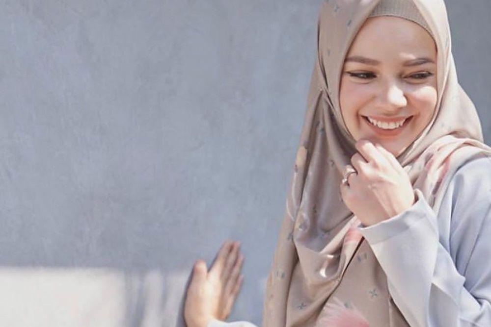Salmafina Sunan dan 5 Artis Ini Pindah Agama Setelah Bercerai