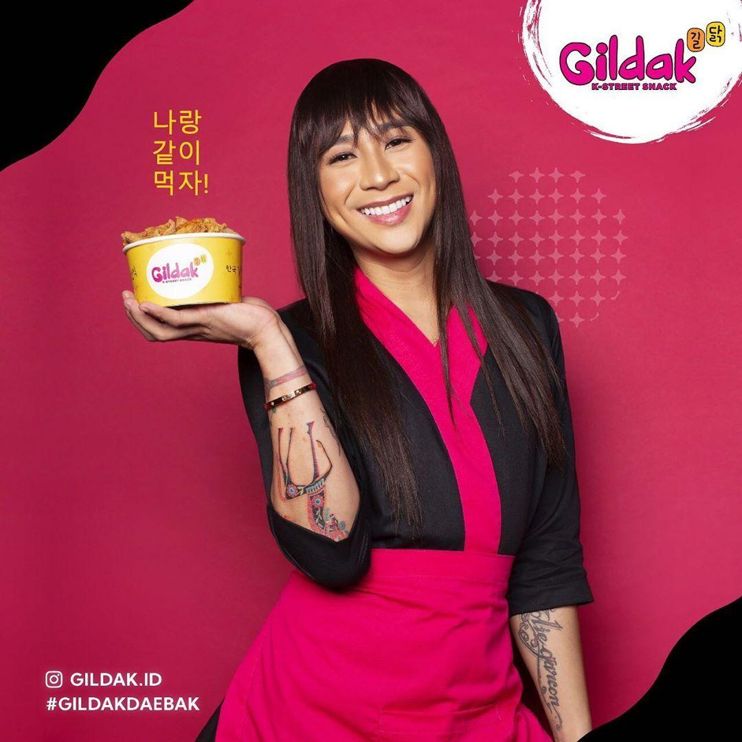 Jovi Adhiguna Luncurkan Lini Bisnis Street Food Khas Korea