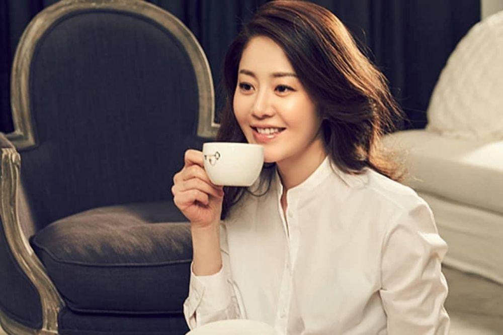 Awet Muda di Usia 50 Tahun, Intip 7 PesonaGo Hyun Jung