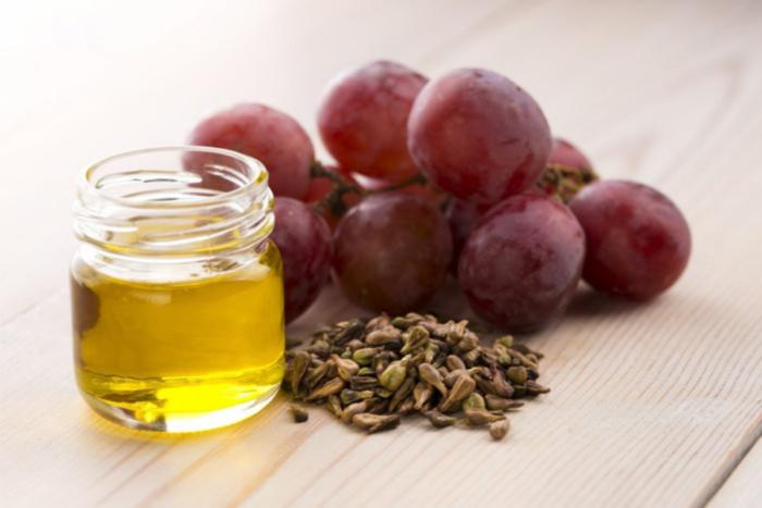 7 Rekomendasi Minyak Alami untuk Rambut Sehat dan Berkilau