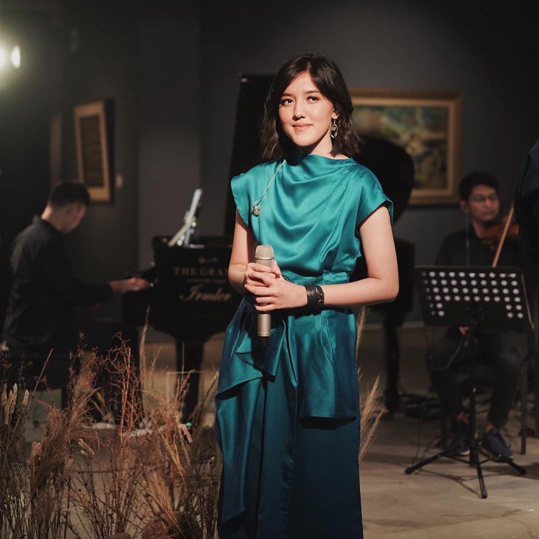 Intip Gaya Ify Alyssa, Mantan Penyanyi Cilik yang Makin Manis