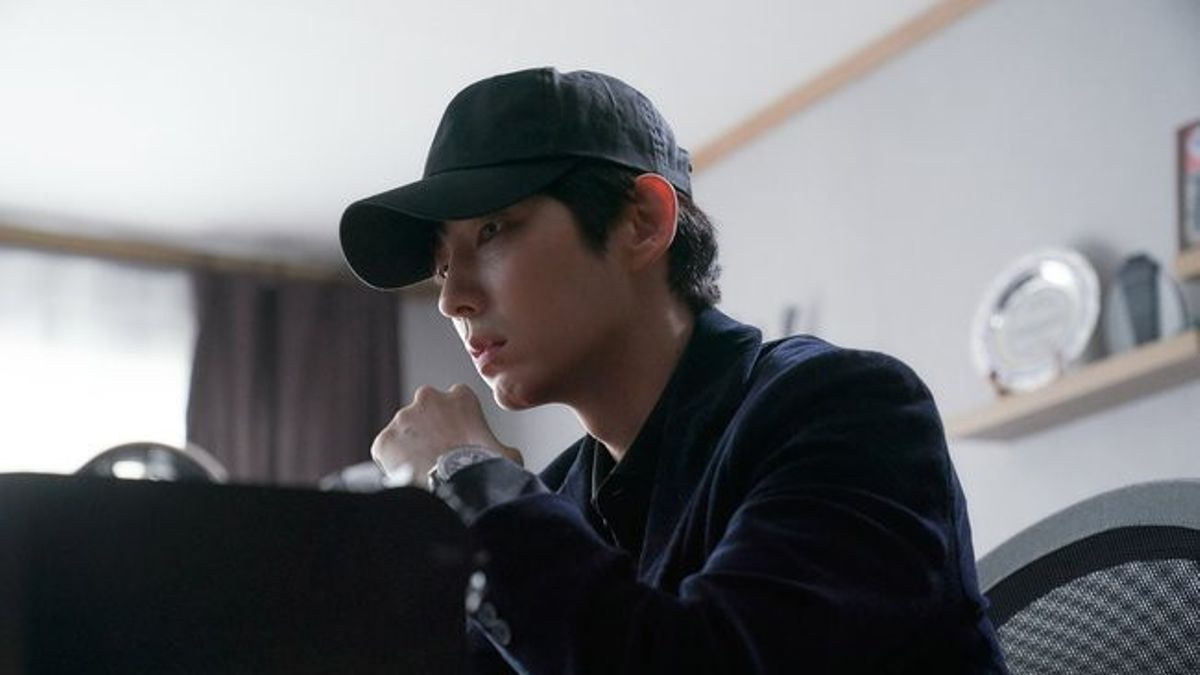 "Menantang, 7 Fakta Seru Lee Joon Gi Saat Bintangi ""Flower of Evil"""