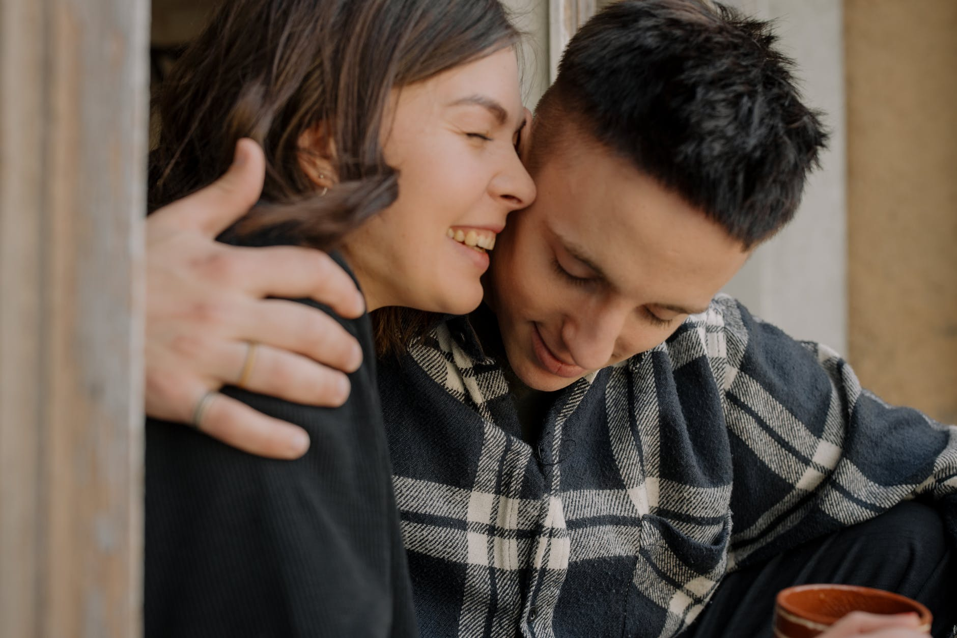 4 Cara Flirting untuk Memikat Laki-laki yang Kamu Suka