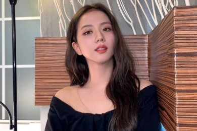 Lebarkan Sayap, Intip 9 Pesona Idol Kpop Juga Bermain Drama