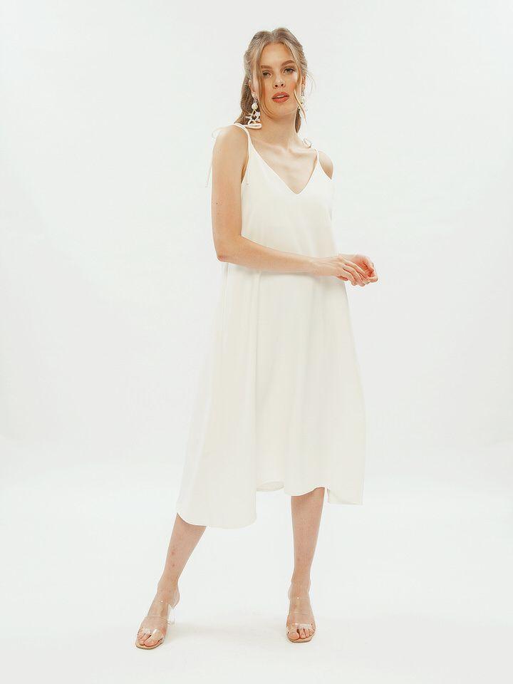 #PopbelaOOTD: OOTD Minimalis Pakai Dress Putih