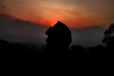"Lirik ""Allahul Kahfi"", Selawat Pelancar Rezeki Viral TikTok"