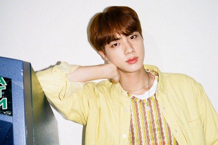 Intip Transformasi Gaya Jin, Member BTS yang Paling Imut