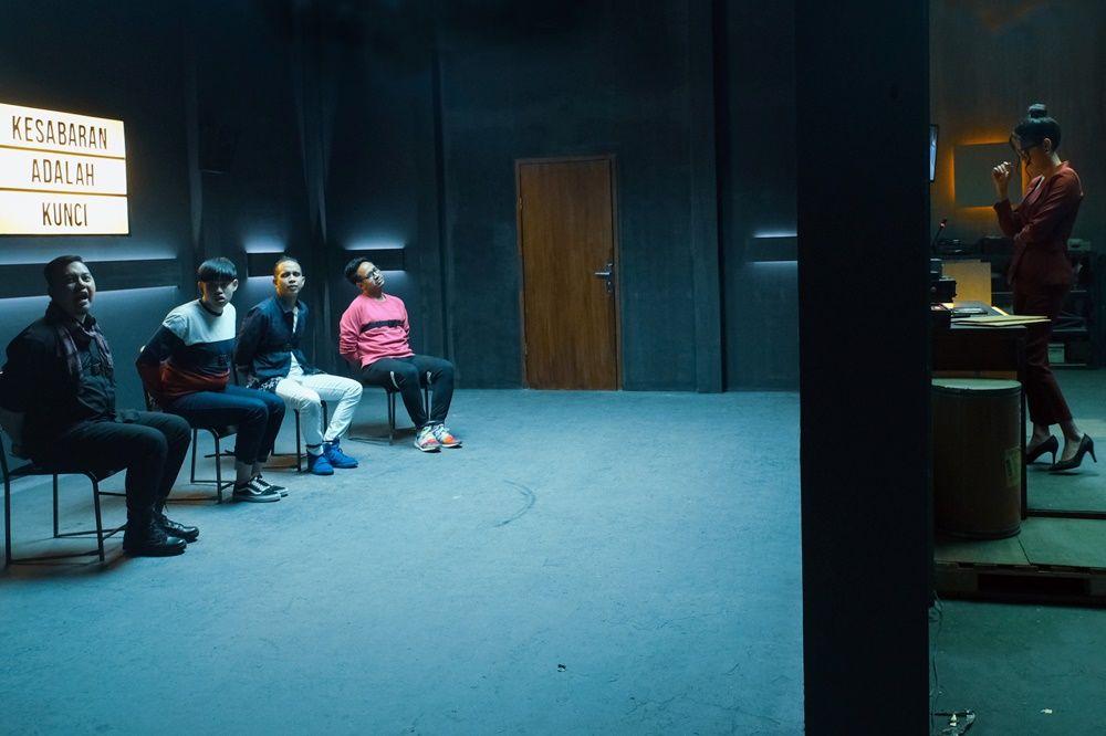 Tayang di Netflix, Ini 4 Pelajaran Cinta dari Film 'BUCIN'