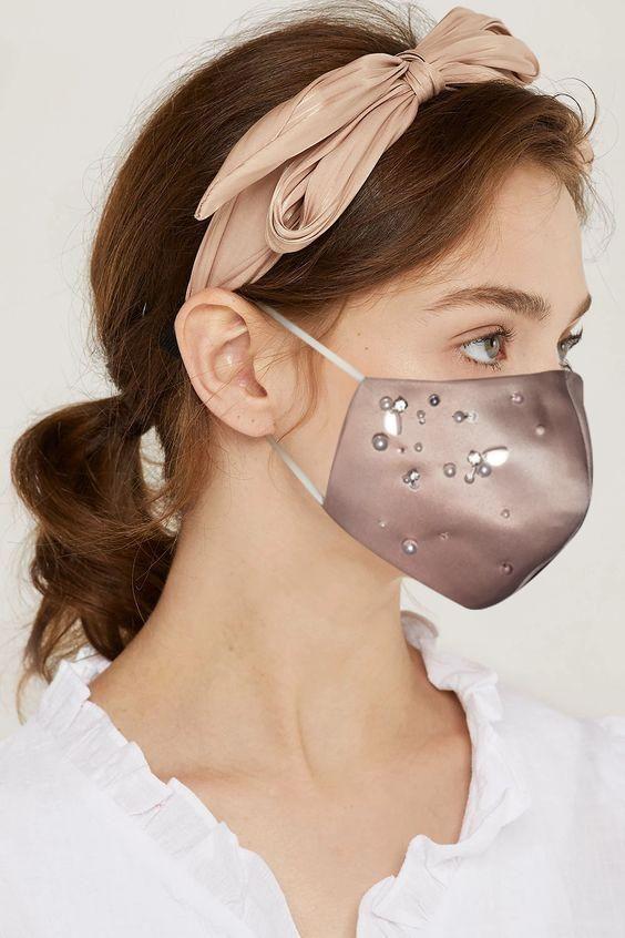 #PopbelaOOTD: Masker Elegan untuk ke Pesta dari Brand Lokal