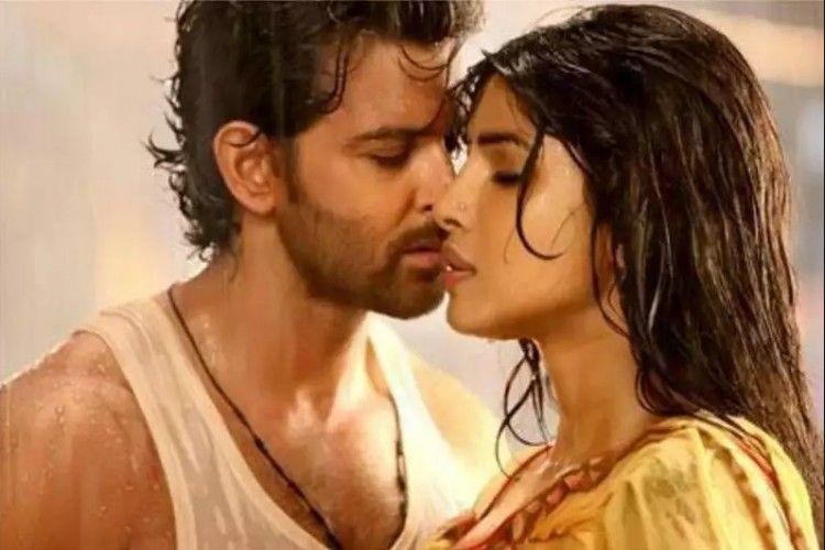 7 Film Semi India yang Tersisip Adegan Panas