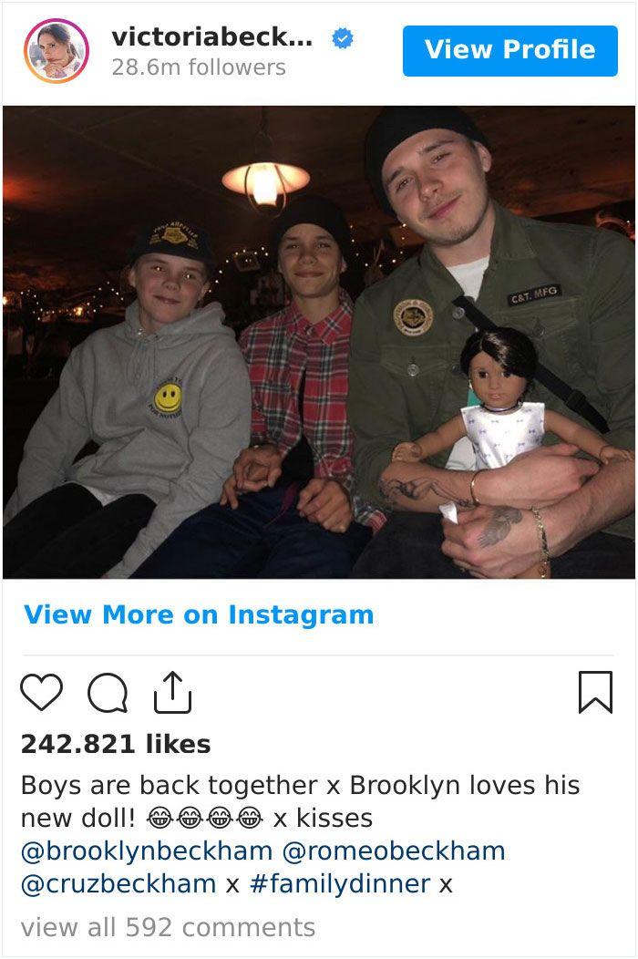10 Kelakuan Jahil Seleb Hollywood kepada Anaknya di Media Sosial
