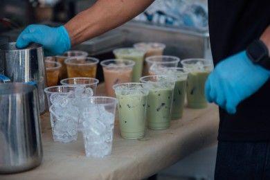 10 Tulisan Nyeleneh Tempat Jual Minuman Ini Bikin Kamu Nengok