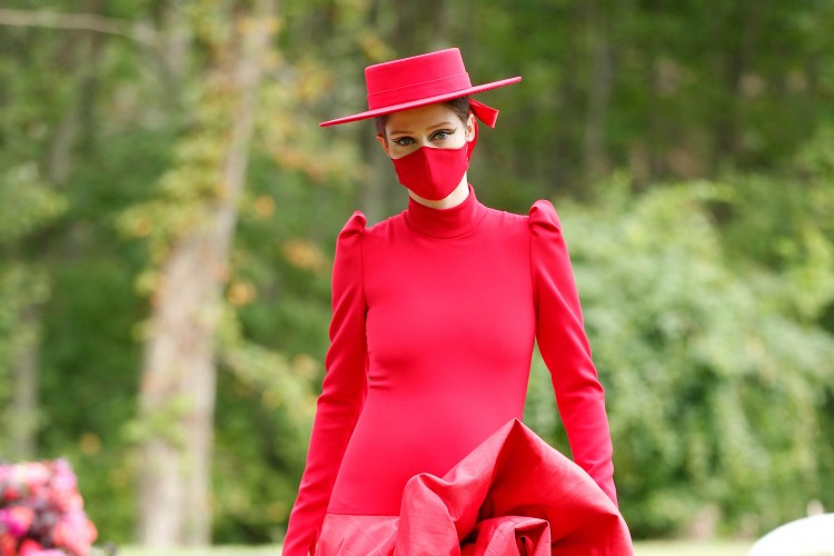 Beradaptasi dengan Pandemi, Ini Trend Fashion Terbaru Spring 2021