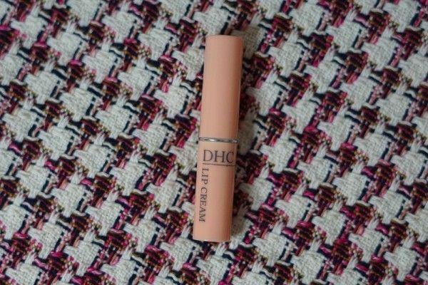 Review DHC Lip Cream, Basah Bibir Nyaman Sepanjang Hari
